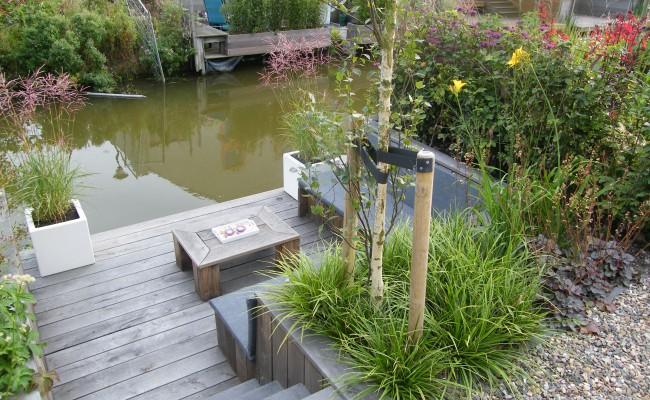 Tuin aan het water b g hoveniers